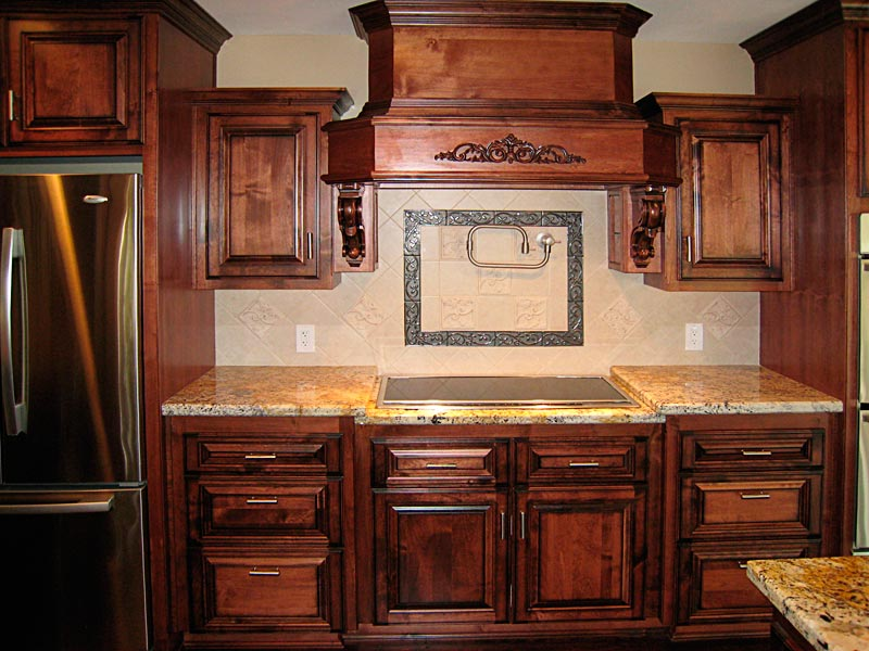 Custom kitchen cabinets for Kitchen cabinets 60056