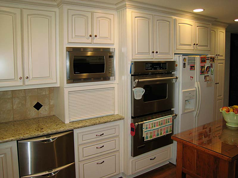 custom kitchen cabinets wood carving