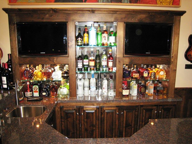 Custom Wet Bar Cabinetry
